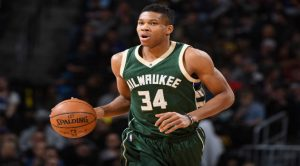 Friday Night NBA Action: Chicago Bulls at Milwaukee Bucks
