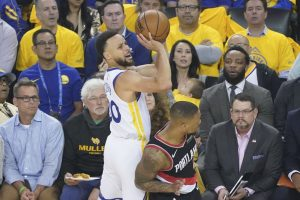 NBA Preview: Portland Trail Blazers at Golden State Warriors Game 2