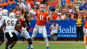 College Football News and Notes: Trask Ready To Go