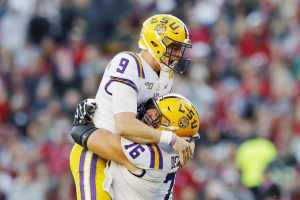 NCAA Football News and Notes: Amazing Saturday In College Football